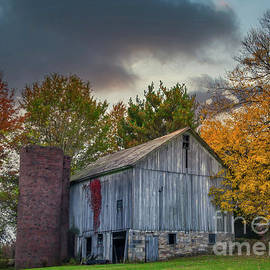 Stormy Gray Pennsylvania Barn by Janice Pariza