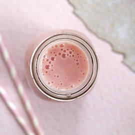 Strawberry Smoothie by Jerneja Ribnikar