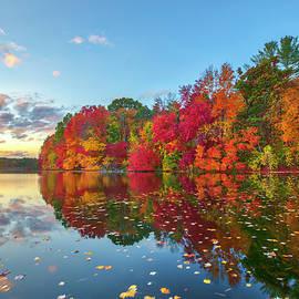 Sudbury Reservoir by Juergen Roth