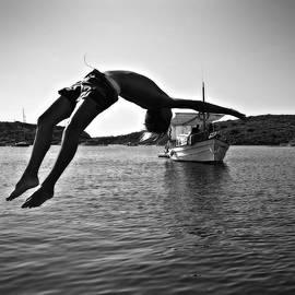 Summer Jump by Pedro Cardona Llambias