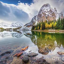 Sunburst Peak by Inge Johnsson
