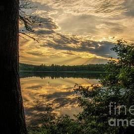 Sundown on Round Pond by Jan Mulherin