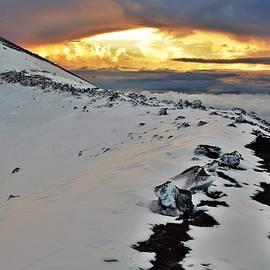 Sunrise on Mauna Kea by Heidi Fickinger