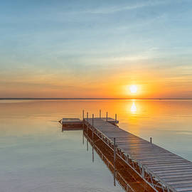 Sunrise on Oneida Lake by Rod Best