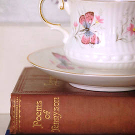 Tea and a good book by Dianne Sherrill