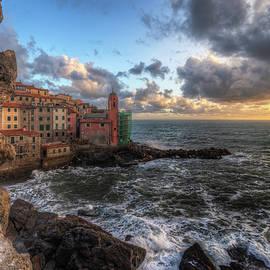 Tellaro Sunset by Giovanni Laudicina