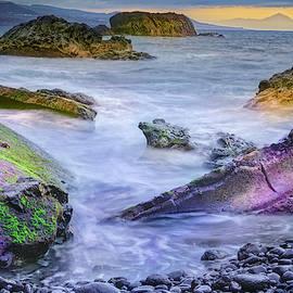 Tenerife by Lorenzo Acosta Padron