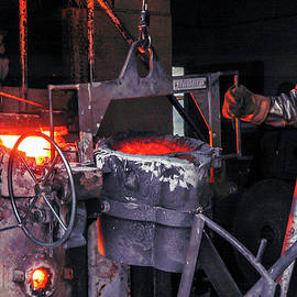 The Bronze Pour at Shidoni by Mary Lee Dereske
