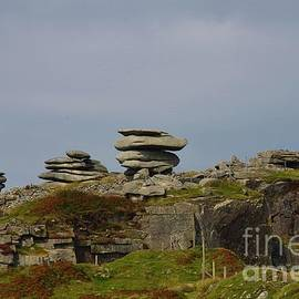 The Cheesewring, Bodmin Moor, Cornwall UK by Lesley Evered