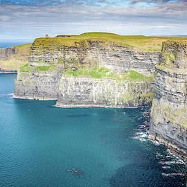 The Cliffs of Moher by Rob Hemphill
