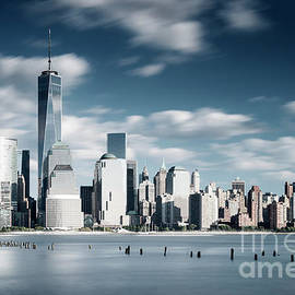 The Lower Manhattan skyline, New York, USA by Justin Foulkes