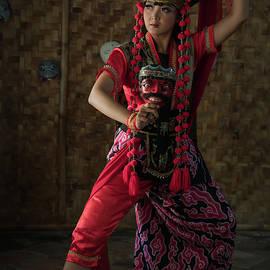 The mask dancer by Anges Van der Logt
