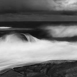 The Ocean by Angelika Vogel