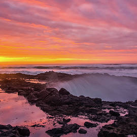 Thor's Well Fire by Steve Luther
