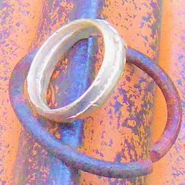 Tiny Gold Ring Size 6 by Samuel Zylstra