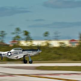 Touch Down P-51D Landing by Don Columbus