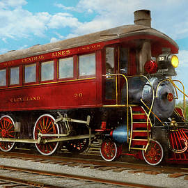 Train - Locomotive - The limo of locomotives 1910 by Mike Savad