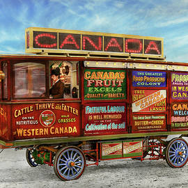 Truck - Bus - Welcome wagon 1905 by Mike Savad