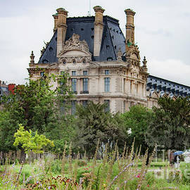 Tuileries Graden by Ivete Basso Photography