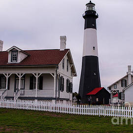 Tybee Light House by Ruth H Curtis
