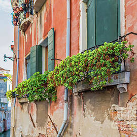 Typical window in a house in Italy by Beautiful Things