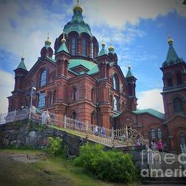 Uspenski Cathedral by Barbie Corbett-Newmin
