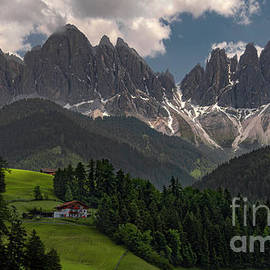 Val di Funes Chalet by Norma Brandsberg