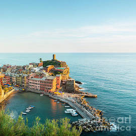 Vernazza, Cinque Terre, Italy by Justin Foulkes