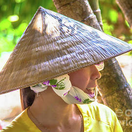 Vietnamese Beauty by Rene Triay Photography