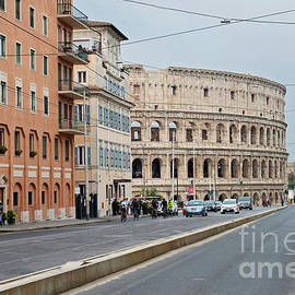 View to the Colosseum from the street by Beautiful Things