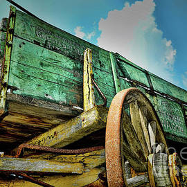 Vintage Wagon The Spirt of the West by Paul Ward