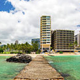 Waikiki from East to West by Phillip Espinasse