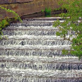 Waterfall Chadderton Park Hall by Tony Hulme