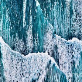 Wave Precipice by Debra Banks
