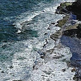 Waves on the rocks, Filey Brigg 1, paint effect by Paul Boizot