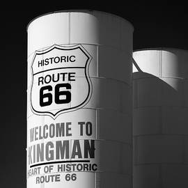 Welcome to Kingman by Dave Bowman