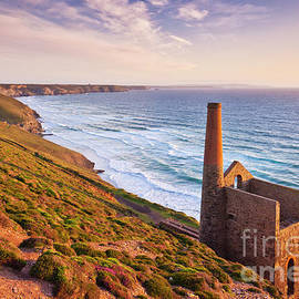 Wheal Coates abandoned cornish tin mine near St Agnes, Cornwall, England by Neale And Judith Clark