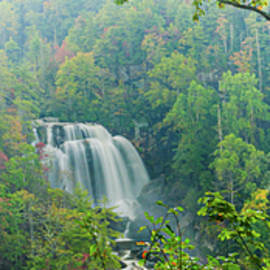 Whitewater Falls by Rob Hemphill