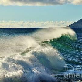 Wind and Waves at Kea'au Beach by Craig Wood