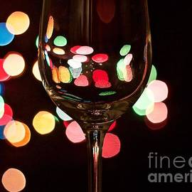 Wine Drops by Linda Bianic
