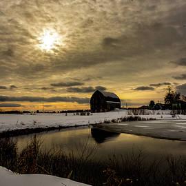 Winter Barn by Neal Nealis