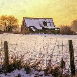 Winter Barn Take Two by Wim Lanclus