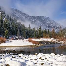 Winter in Leavenworth by Lynn Hopwood