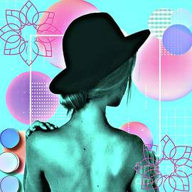 Woman back circles by Laurence Stefani