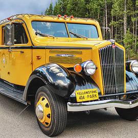 Yellowstone Park Tour Bus by Lorraine Baum