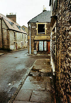 Trinity district of Frome UK 1977 by David Davies