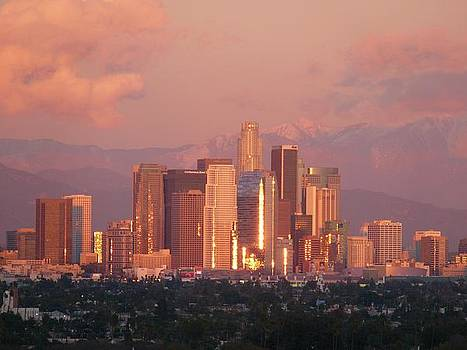 Another L.A. Sunset... by Jacquelyn Roberts
