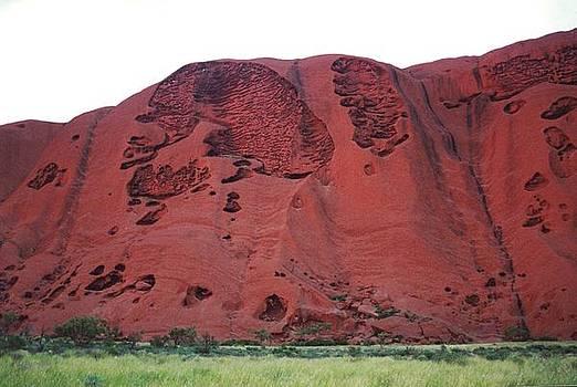 Ayers Rock by Bonita Hensley