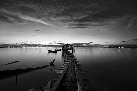 B n W Jetty by Sham Osman