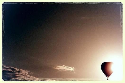 Balloon Eclipse by Garren Zanker